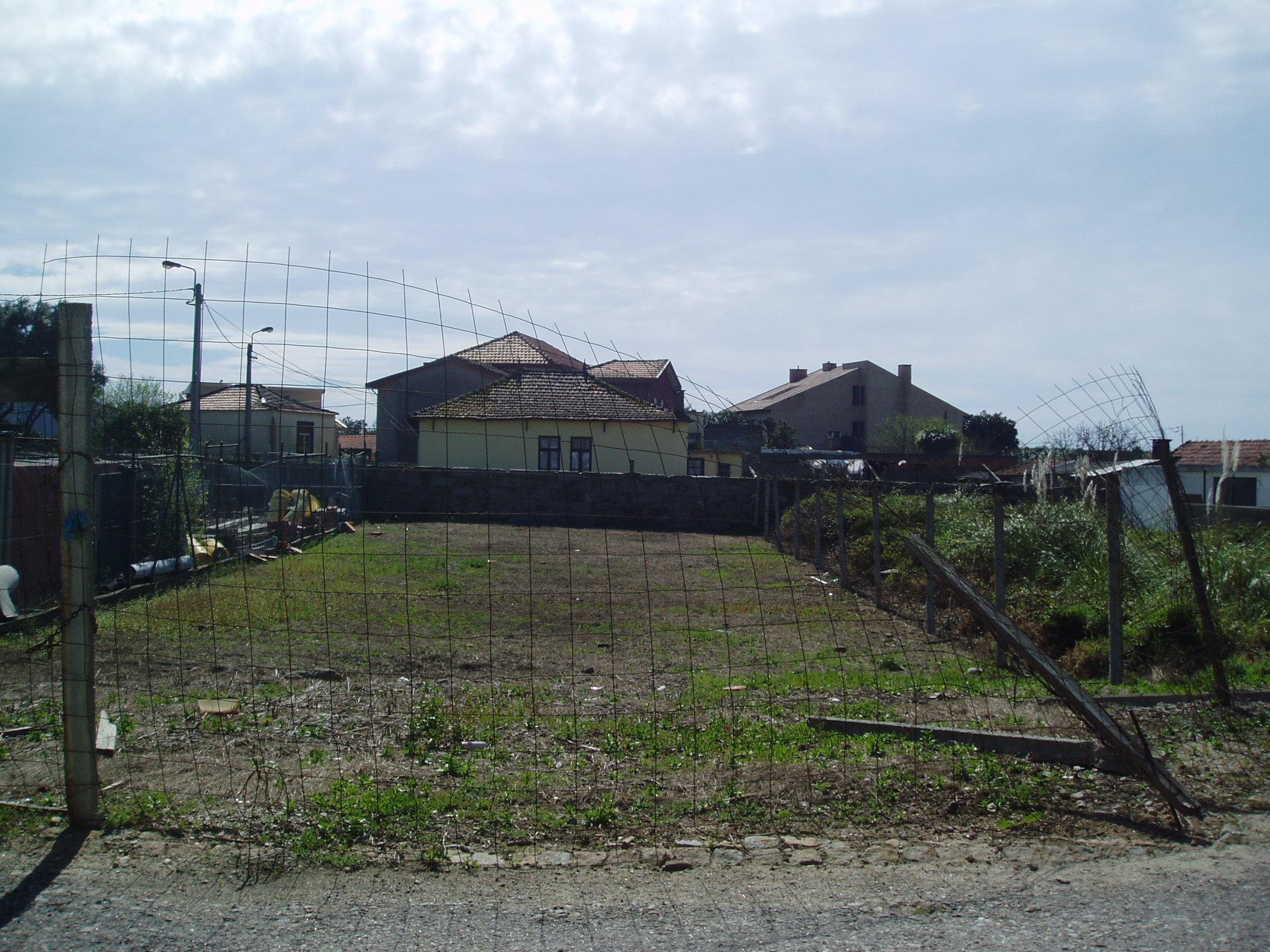 Lote terreno para moradia de 3 frentes… Madalena